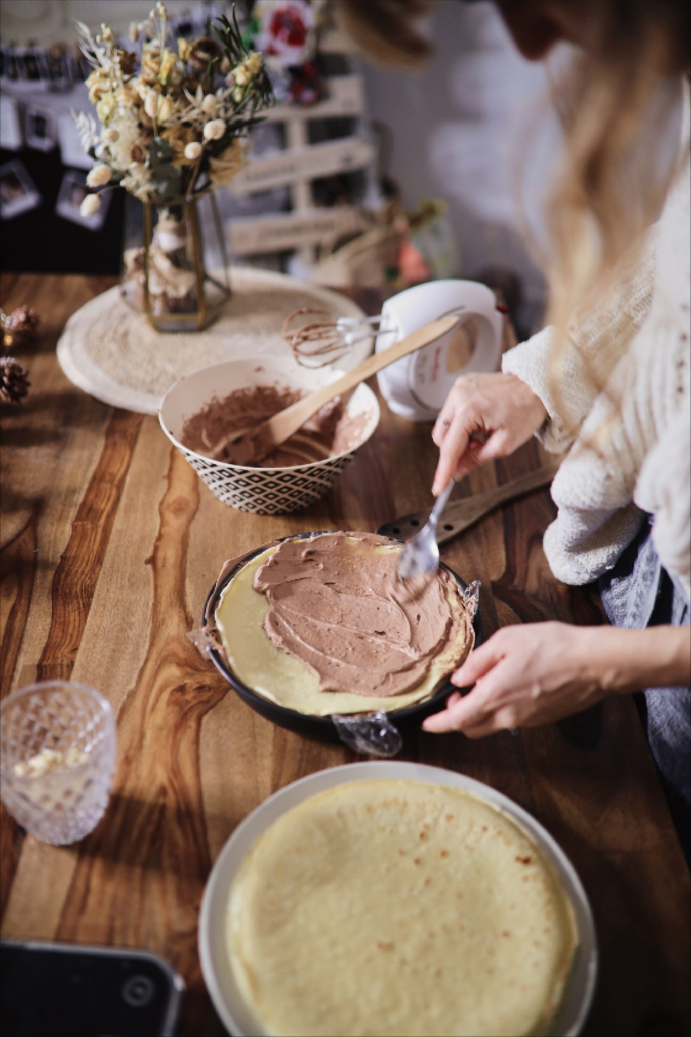 gâteau de crêpes chocolat chantilly vanille noisette