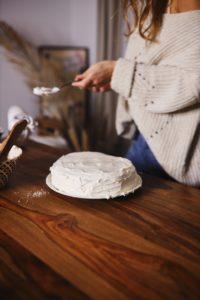 montage du gâteau de crêpes