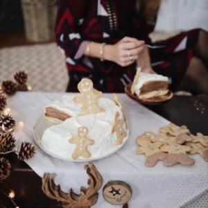 Mon gâteau de crêpes chocolat et chantilly vanille pour les fêtes
