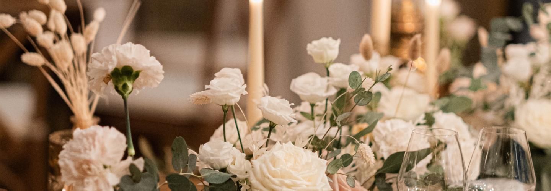 table d'honneur mariage, décoration mariage fleurs plan de table